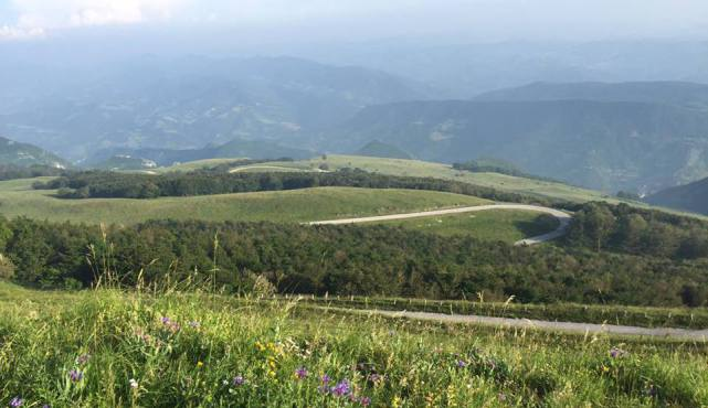 Geniesse Natur und Ruhe in diesem Ferienhaus in Italien und erforsche die Umgebung wie Urbion und Assisi