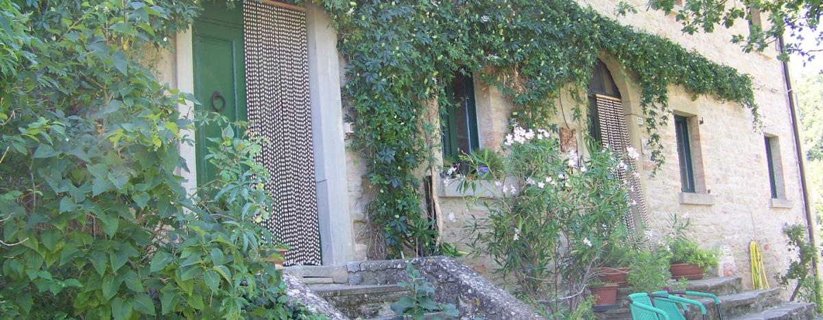Ferienhaus mit 4 Schlafräumen in der Natur von Italien